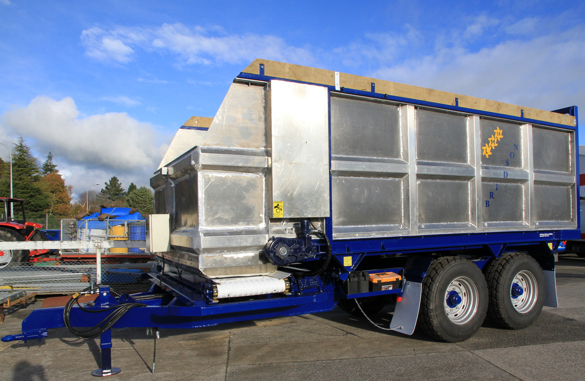 Feedwagon LM18
